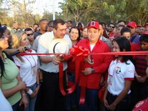 El gobernador y el Alcalde realizaron el corte de cinta para dejar oficialmente inaugurado el Balneario Nacional