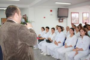 Alcalde Felicito a las enfermeras en su dia