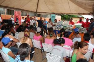 Alcalde visita a la comunidad de remance